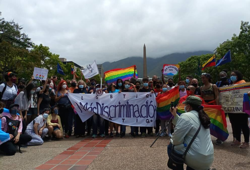 Manifiesto por el día internacional contra la homofobia, bifobia y transfobia